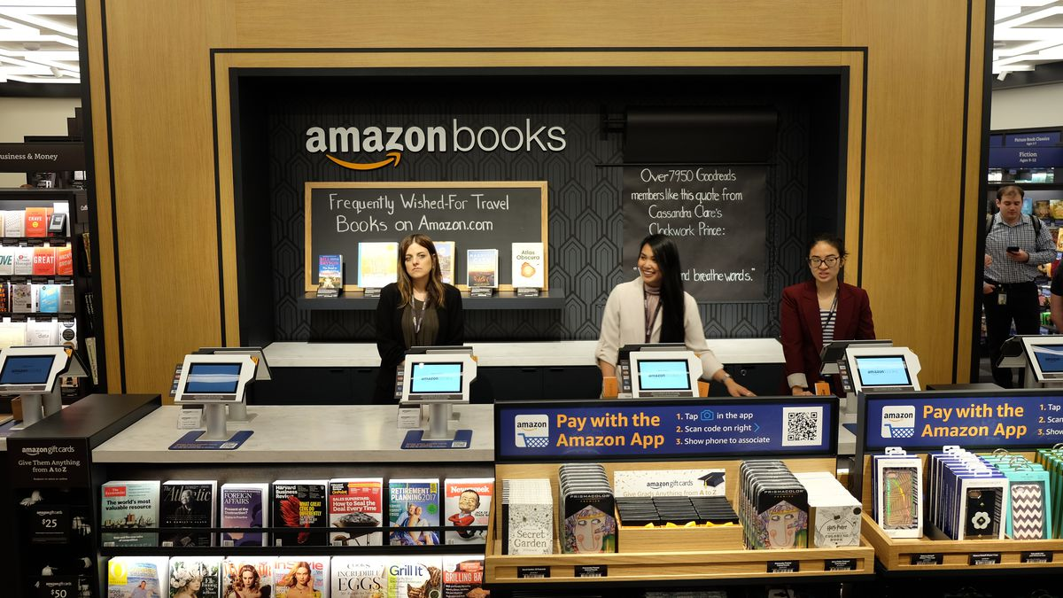 Photos Inside Amazon S First New York City Bookstore Recode