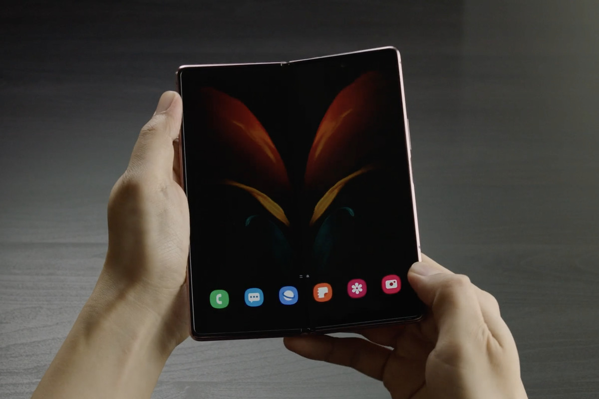 Samsung will let you reserve a Galaxy Z Fold 2 today ahead of ...