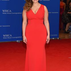 Ashley Graham wears David Yurman jewelry.