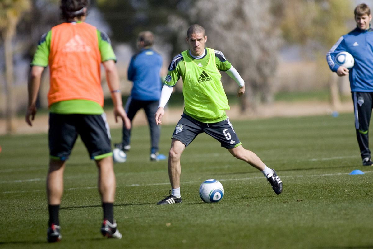 Seattle Sounders FC player Osvaldo Alonso controls the ball during a training session on January 31, 2011 at Grande Sports World in Casa Grande, AZ. (Photo courtesty of Seattle Sounders FC)
