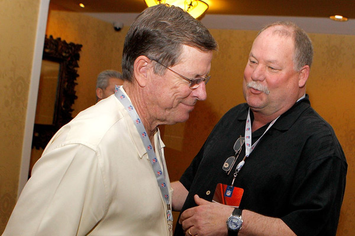 """Holmgren: """"You'll be working for the Browns next year, Norv, but I'll be gone with all my oodles of cash!"""""""