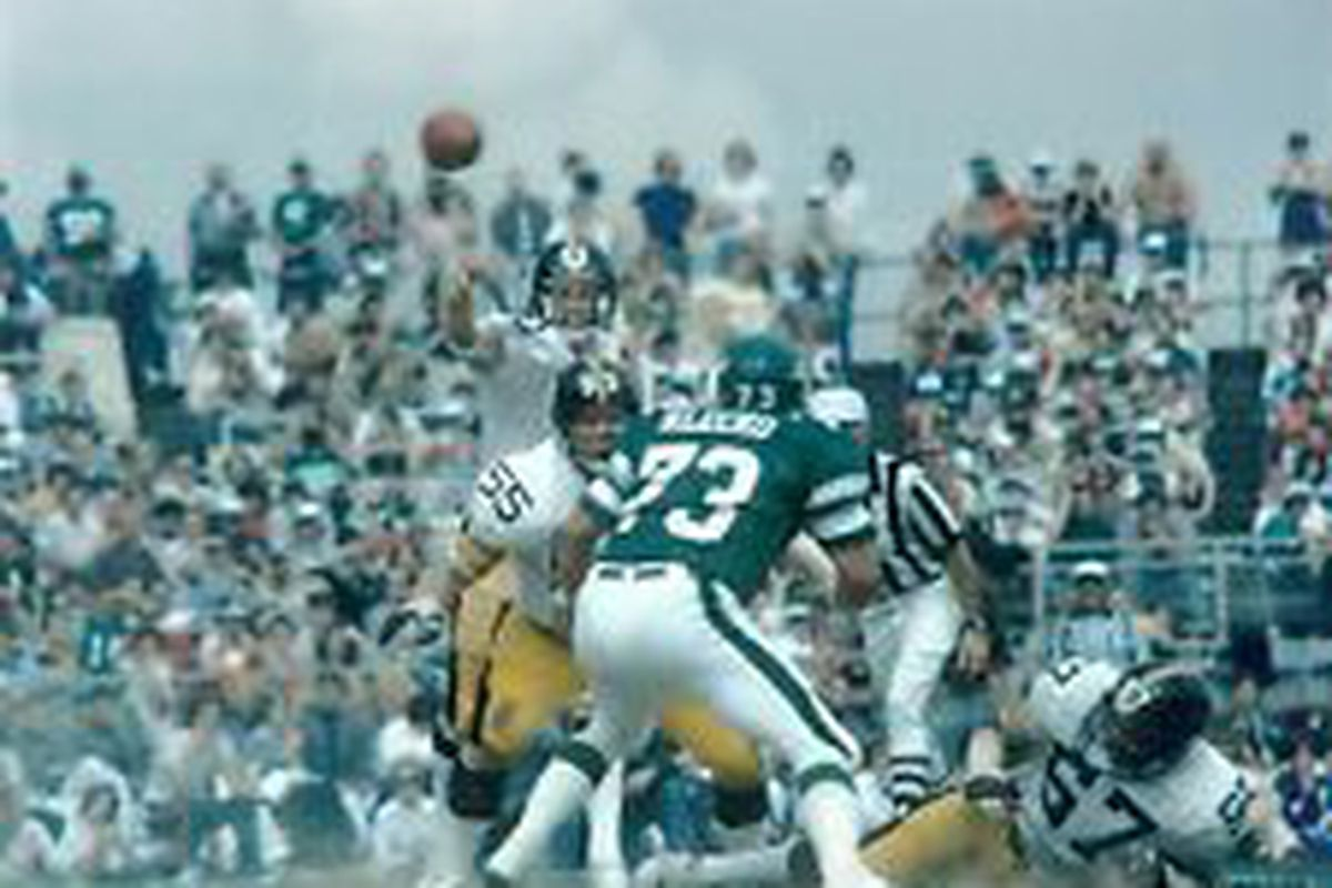 19b3e282f Steelers Throwback Thursday 12 10 1983  Clock Strikes twelve on No. 12