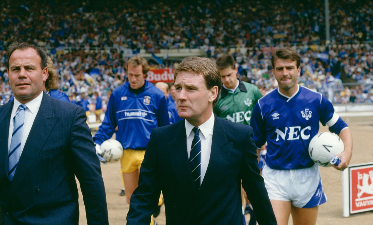 Everton manager Colin Harvey leads his team out at the 1987 FA Charity Shield