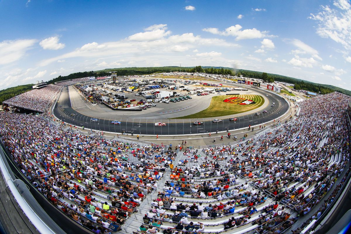 AUTO: JUL 19 NASCAR Sprint Cup Series - 5 Hour Energy 301
