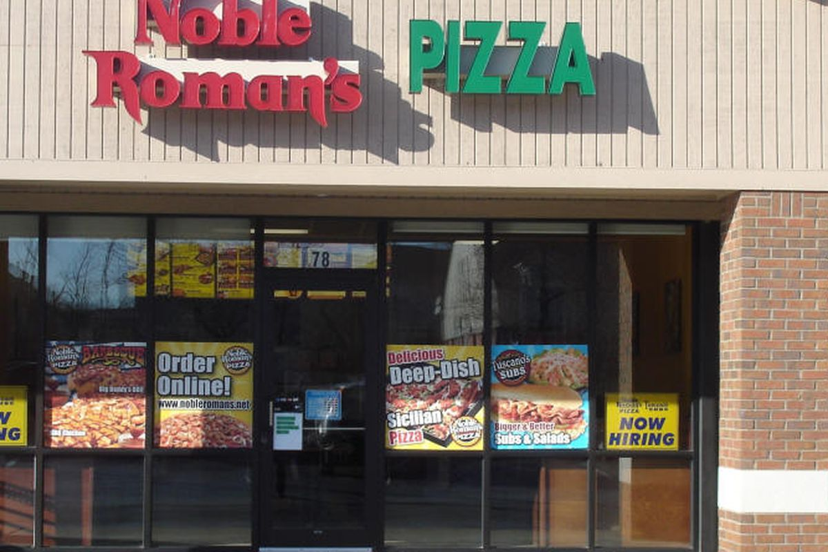 A standalone Noble Roman's location in Zionsville, IN