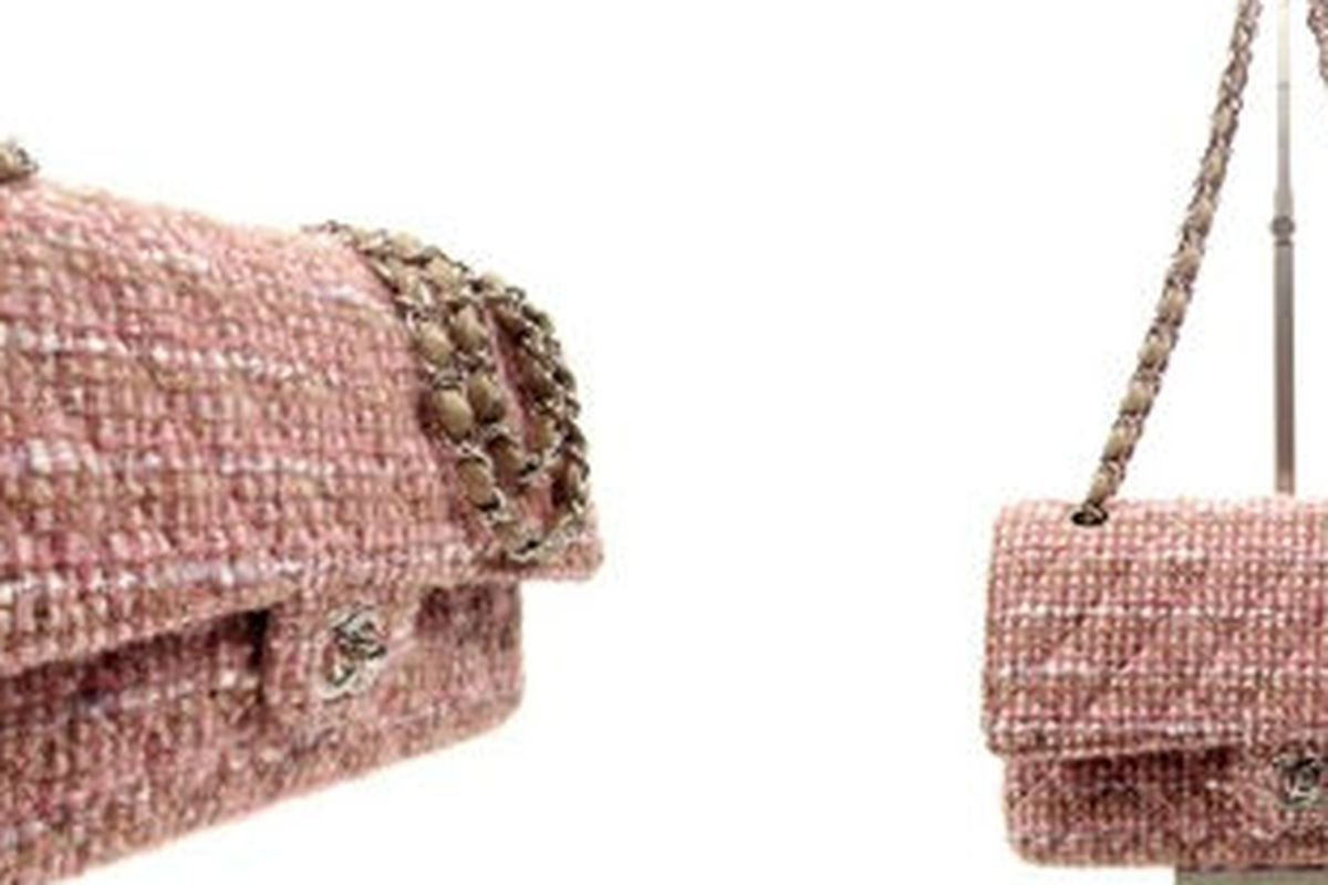"""The pink and camel tweed Chanel bag that just might be yours via <a href=""""http://www.bagsnob.com/2012/08/chanel-bag-giveaway-with-decades-inc.html"""">Bag Snob</a>"""