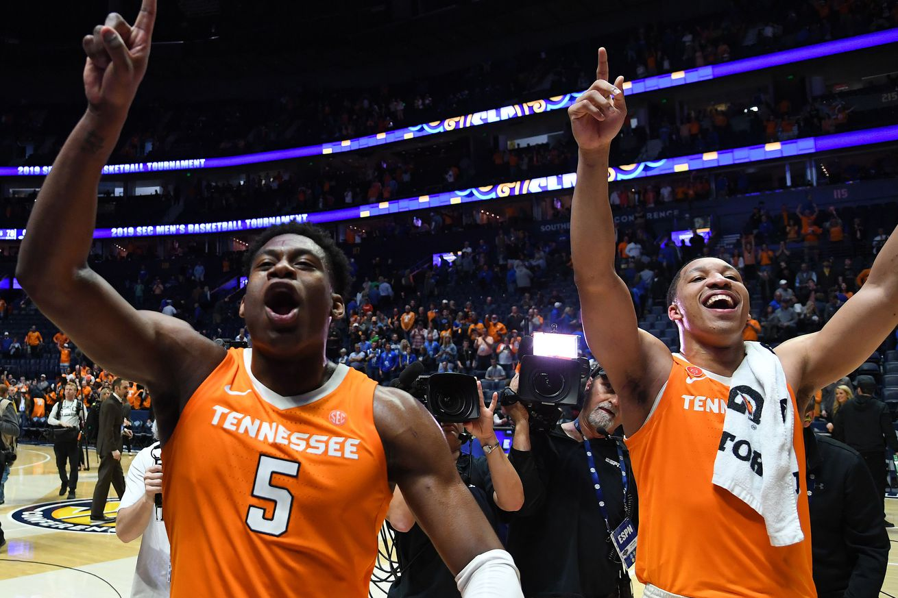 Tennessee knocked off Kentucky to earn a spot in Sunday's SEC Tournament final. The Volunteers might need to win that game to earn a No. 1 seed in the NCAAs.
