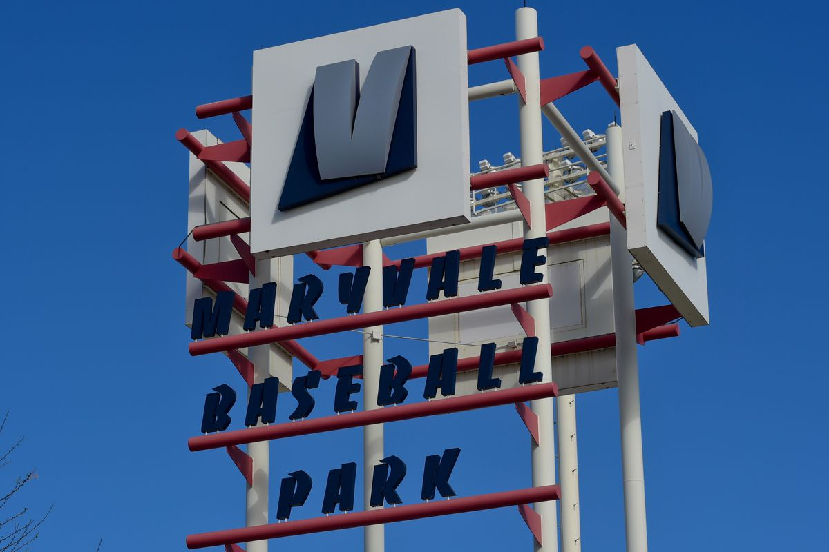 MLB: Milwaukee Brewers-Workout