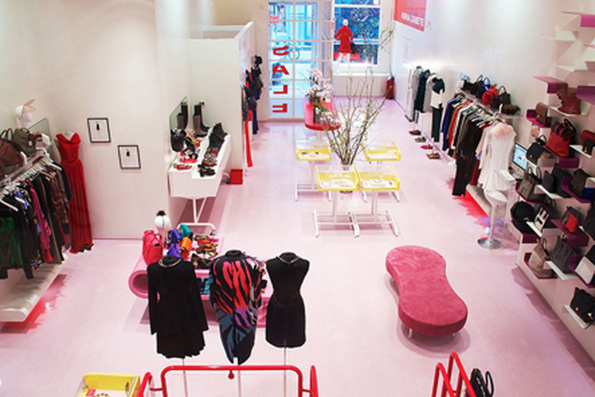 """Inside the current store, via <a href=""""http://www.kirnazabete.com/"""">KirnaZabete.com</a>"""