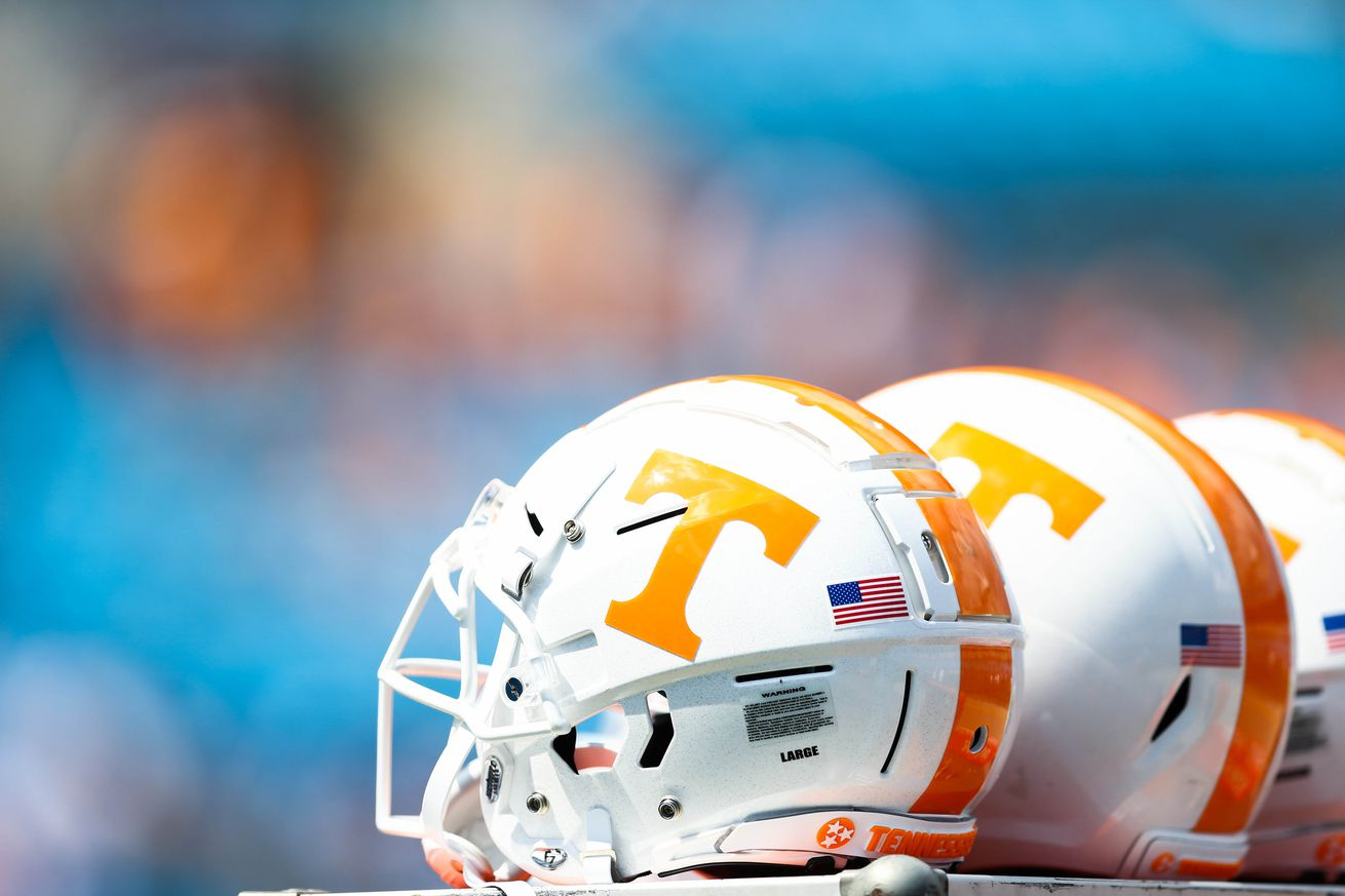 NCAA Football: Tennessee at West Virginia