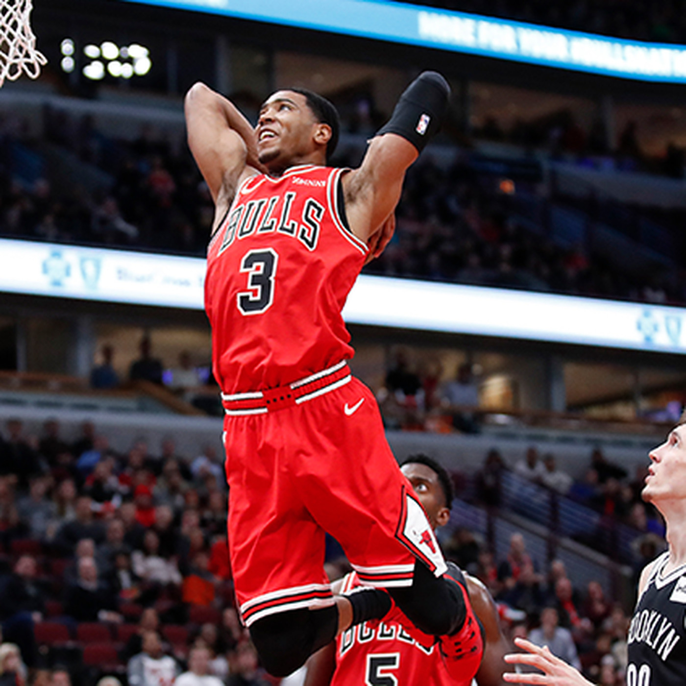 new arrival 5579f 43de4 Shaq is back: Bulls sign guard Shaquille Harrison to one ...