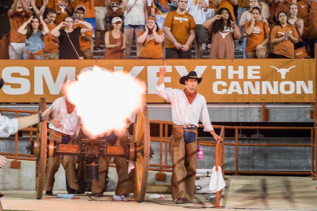 NCAA Football: Notre Dame at Texas