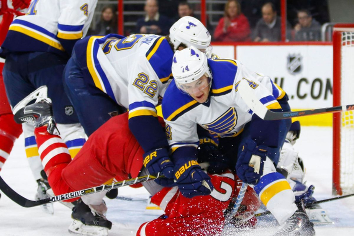 Eric Staal finds it tough going in front of the Blues net