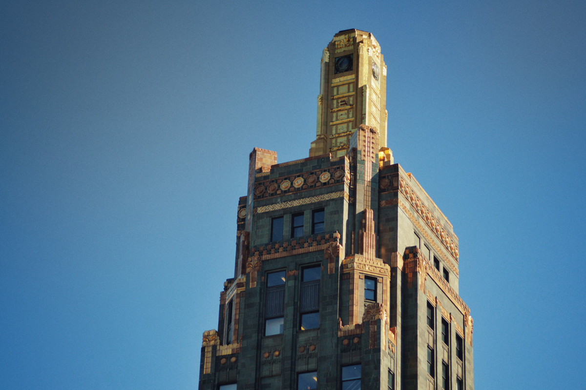 Historic Carbide Amp Carbon Building Repositioning As St