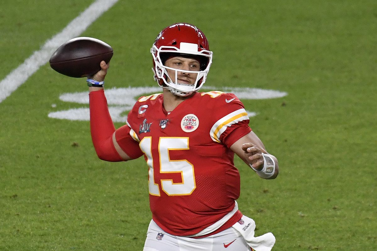 Patrick Mahomes of the Kansas City Chiefs looks to pass against the San Francisco 49ers in Super Bowl LIV at Hard Rock Stadium on February 02, 2020 in Miami, Florida. The Chiefs won the game 31-20.