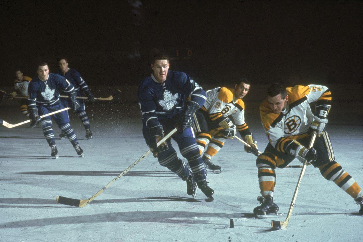 Toronto Maple Leafs v Boston Bruins