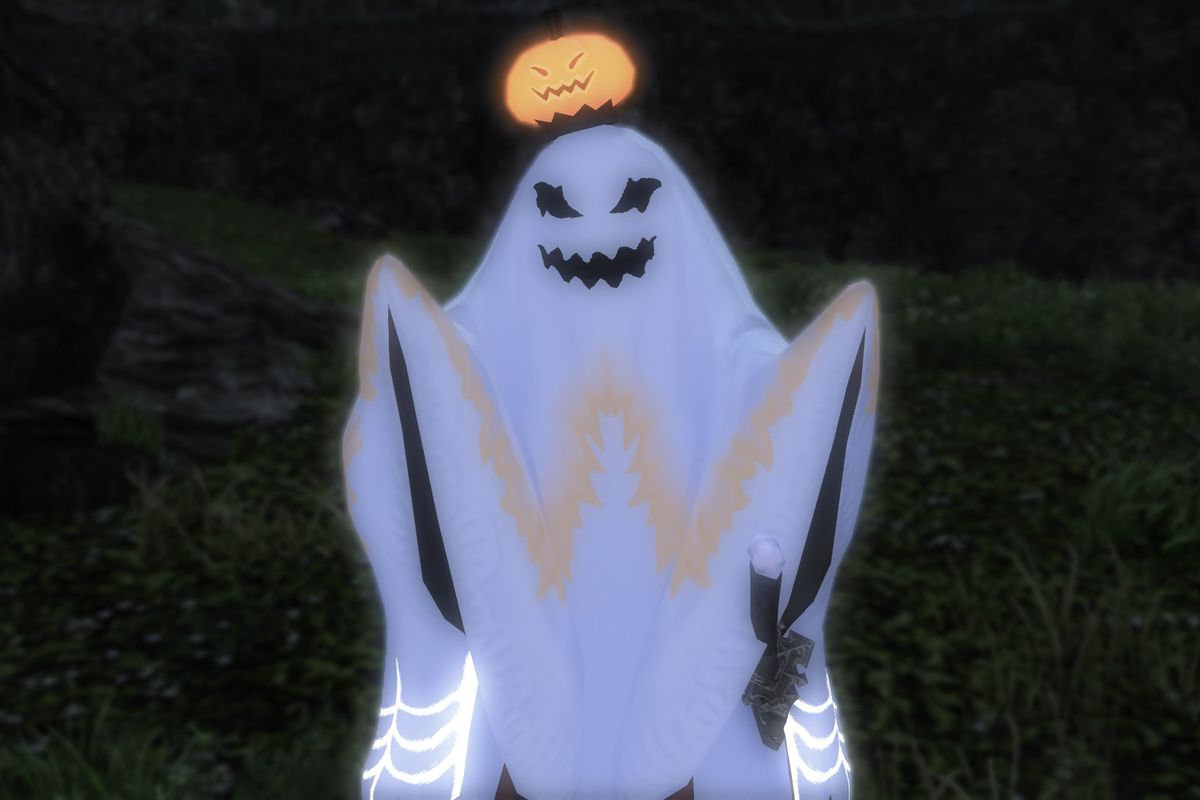 A Final Fantasy 14 character in a full-body ghost costume that's reminiscent of a child wearing a bed sheet stands in a field.