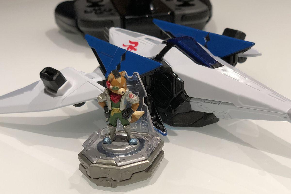 Fox McCloud figure from Starlink: Battle for Atlas