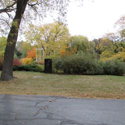10/23/15: The gravesite in full autumnal colors -