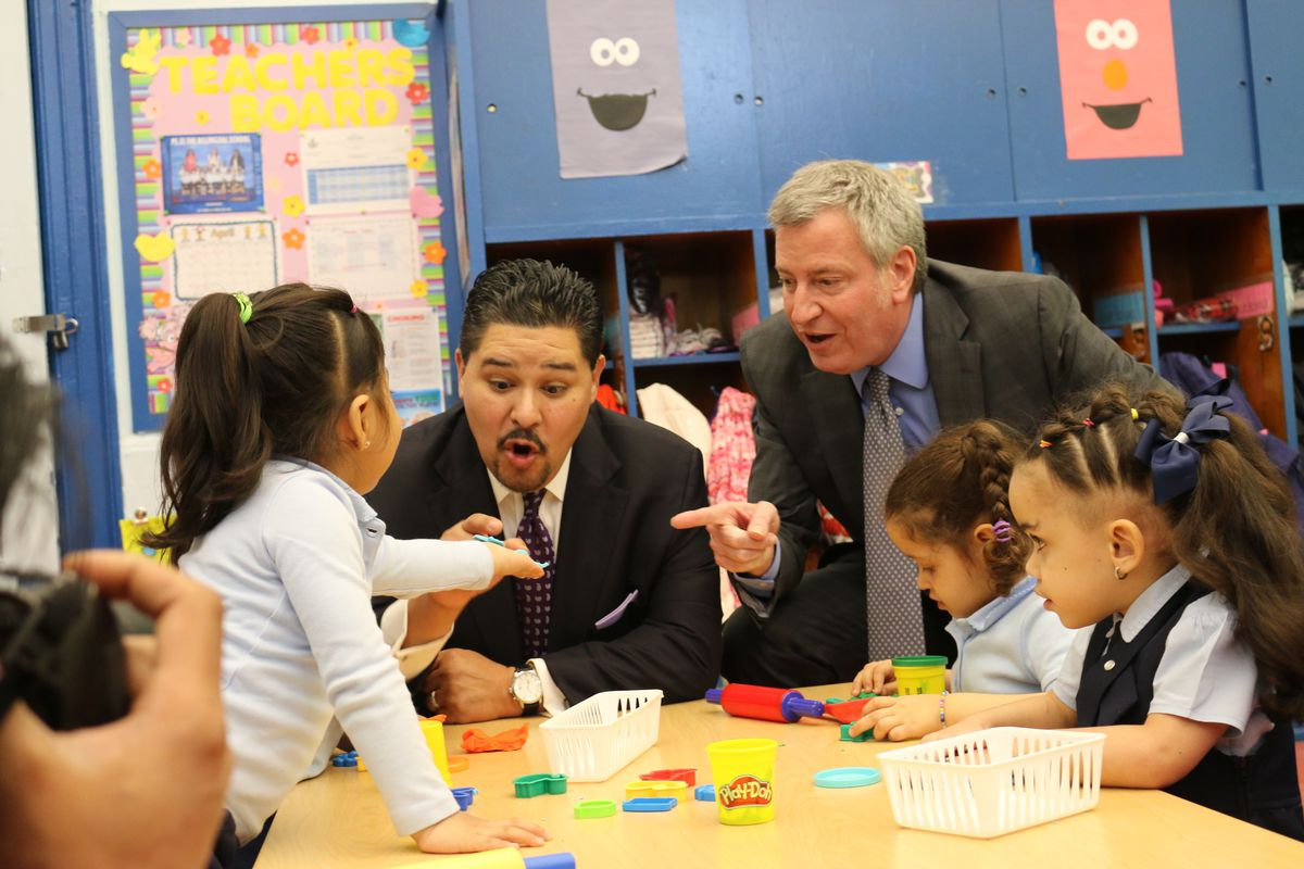Mayor de Blasio and Chancellor Carranza mingled with 3K students at PS 25 in the Bronx.