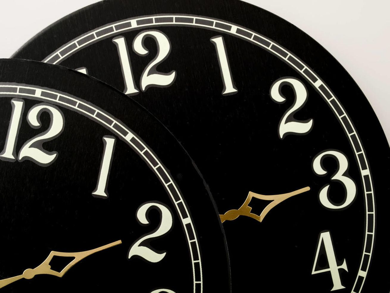 Daylight saving: Will the time changes ever end?