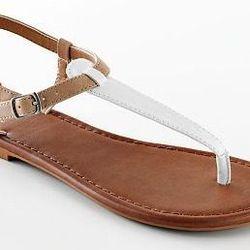 """<a href=""""http://www.kohls.com/kohlsStore/landingpages/sandalspringshoeshop/flats/PRD~974031/SO+Thong+Sandals.jsp""""> SO thong sandal</a>,$12.99 kohls.com"""