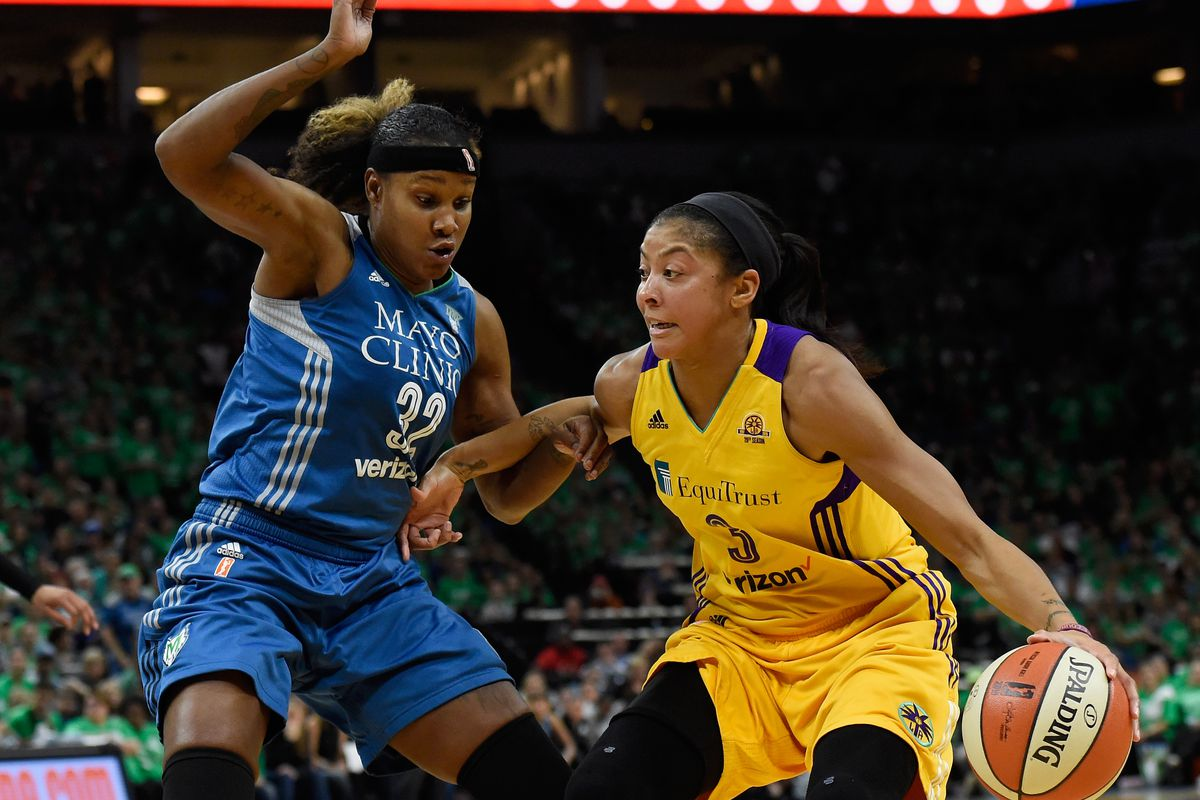 Chelsea Gray gives Sparks thrilling Game 1 victory over Lynx