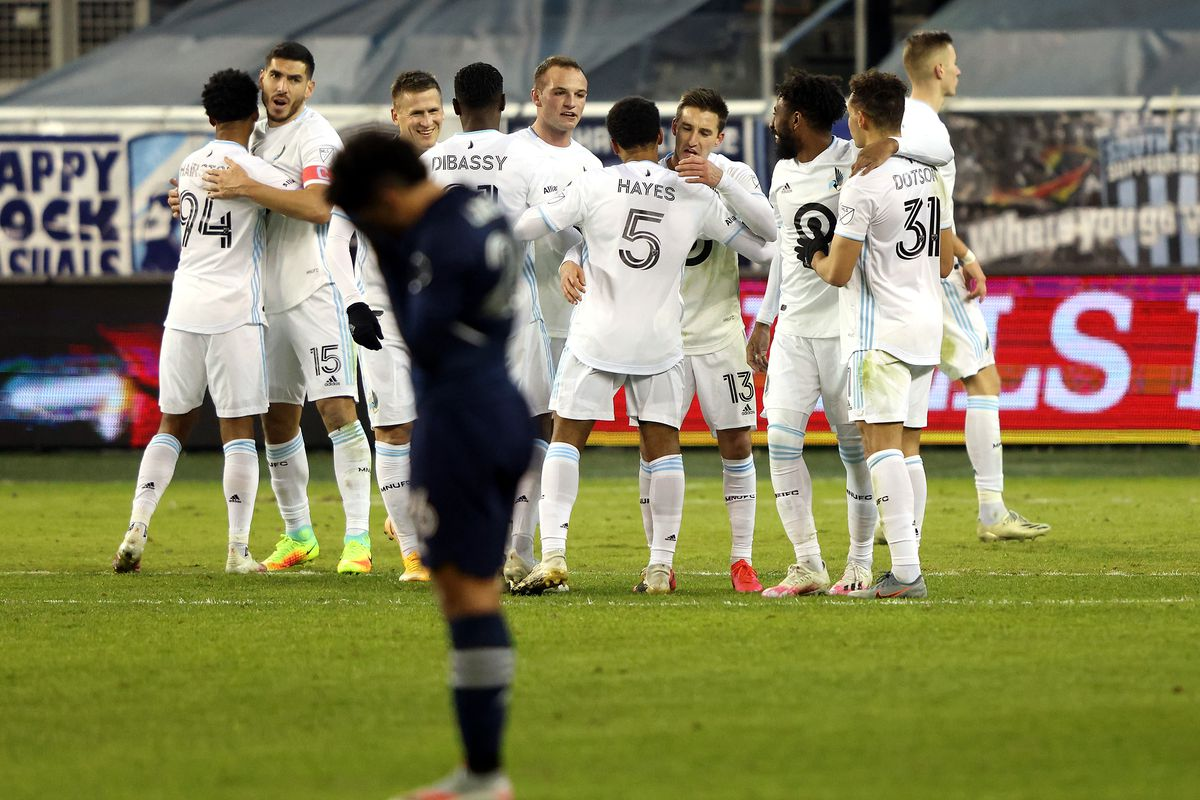 Minnesota United FC v Sporting Kansas City: Western Conference Semifinals - MLS Cup Playoffs