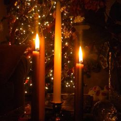 The theme of the second Sunday of Advent is dedicated to love. A second purple candle is lit this Sunday.