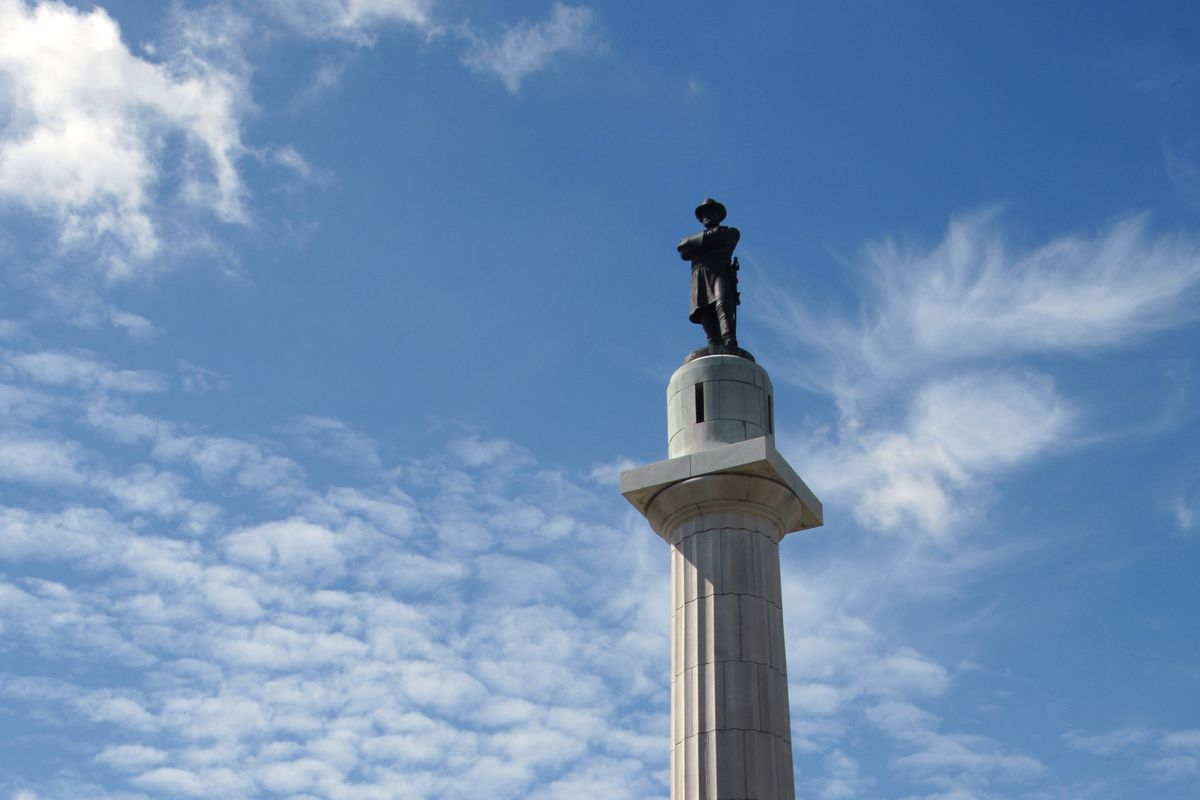 A statue of Robert E. Lee in New Orleans.