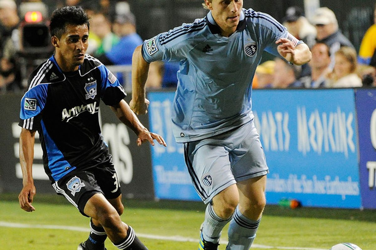 Sporting KC defender Seth Sinovic (right) will be joining Tuesday night's Sporting KC Tweet Chat. (Photo by Thearon W. Henderson/Getty Images)