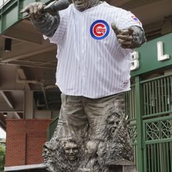 The Harry Caray statue with jersey