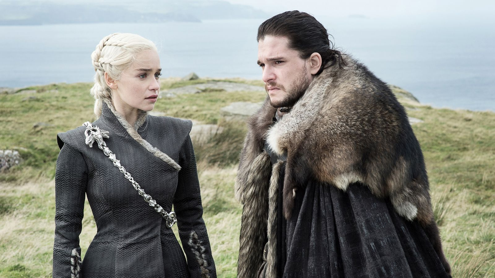 Game of Thrones' Jon and Daenerys romance is weak as hell