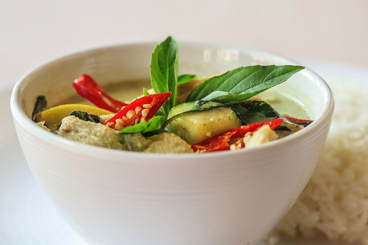 Veggie-topped curry at Family Thais in West End