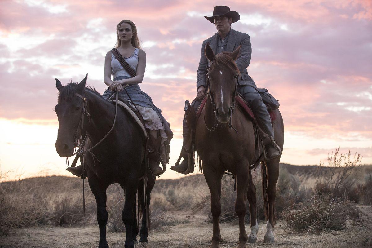 Westworld 202 - Dolores and Teddy on horses at sunrise