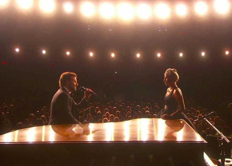 Bradley Cooper singing to Lady Gaga at the 2019 Oscars