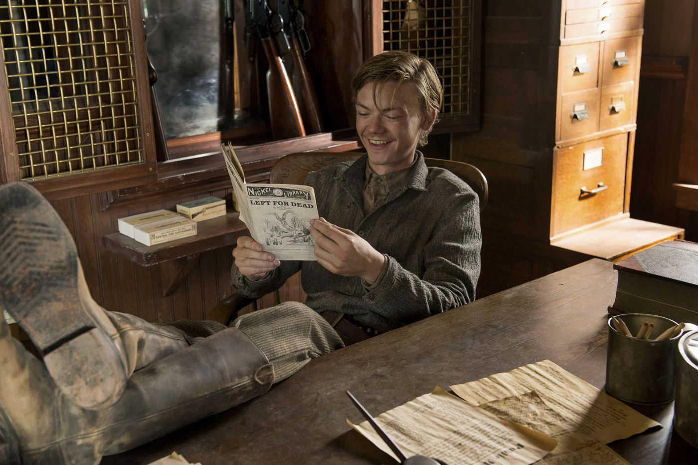 Netflixs Godless Delivers Everything The Coen Brothers New