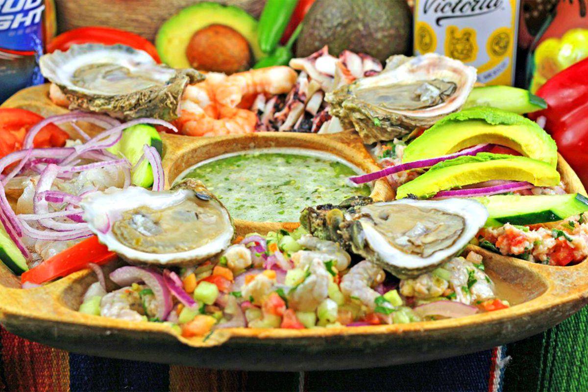 The botana mixta dish at Mariscos Las Islitas' Pecos Road location, coming next year to North Las Vegas.