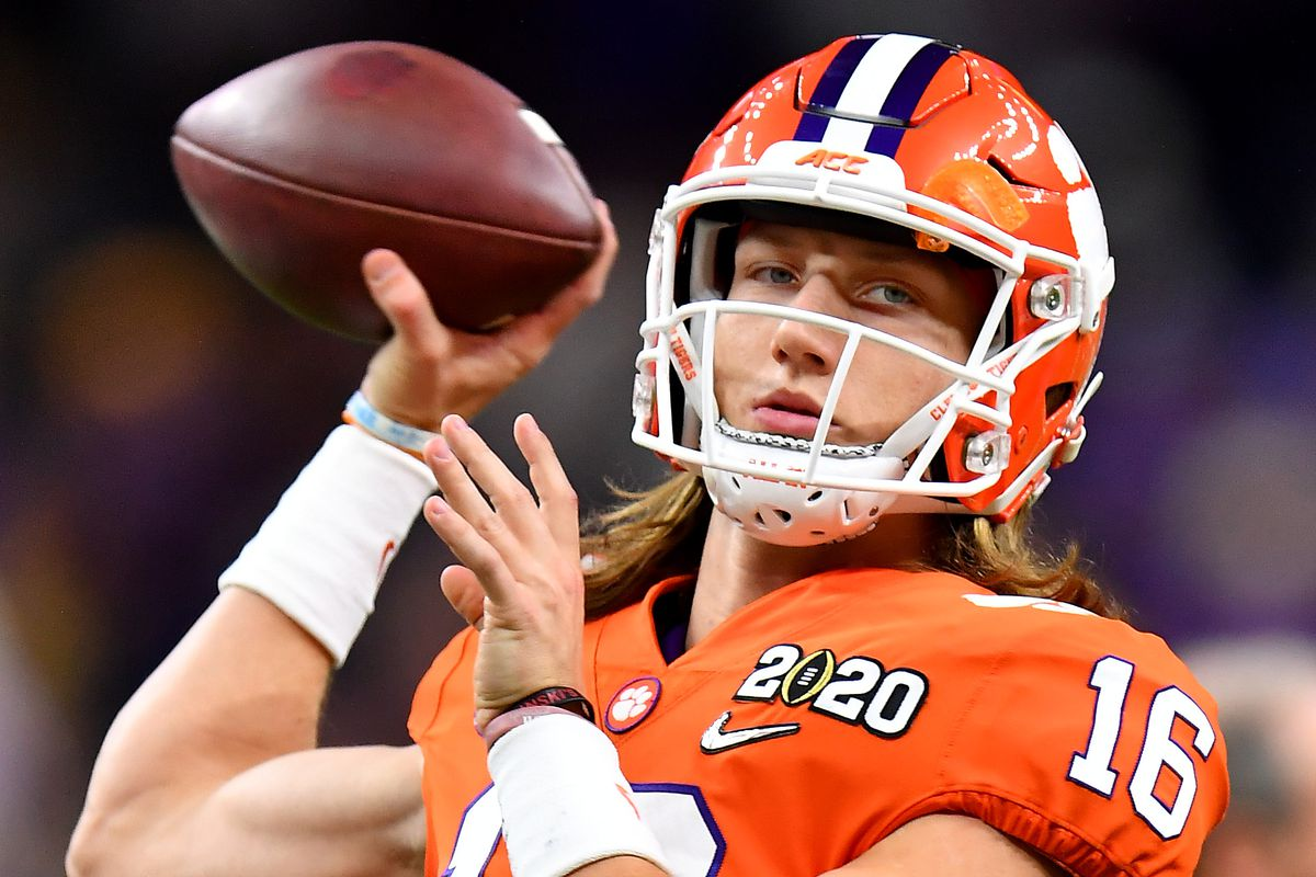 Trevor Lawrence of the Clemson Tigers warms up before the College Football Playoff National Championship game against the LSU Tigers at the Mercedes Benz Superdome on January 13, 2020 in New Orleans, Louisiana.