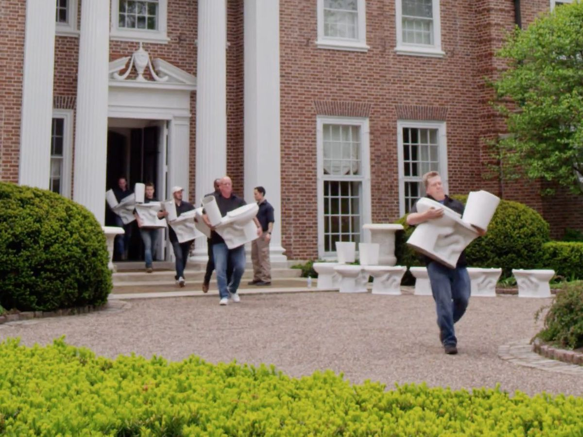 Image from Gov. Bruce Rauner TV ad dramatizing the removal of toilets from a Gold Coast mansion J.B. Pritzker owns.