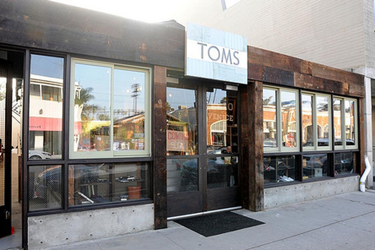 """Image via <a href=""""http://www.yovenice.com/2012/12/06/toms-shoes-to-open-at-1344-abbot-kinney/"""">Yo! Venice</a>"""