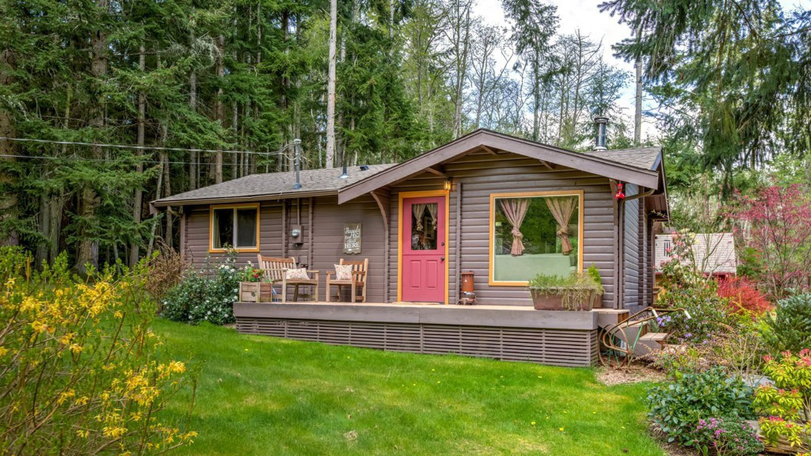 A tiny house on whidbey acreage is comfortable without for Whidbey tiny house