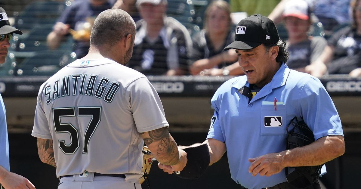 MLB suspends Mariners pitcher Hector  Santiago for foreign substance