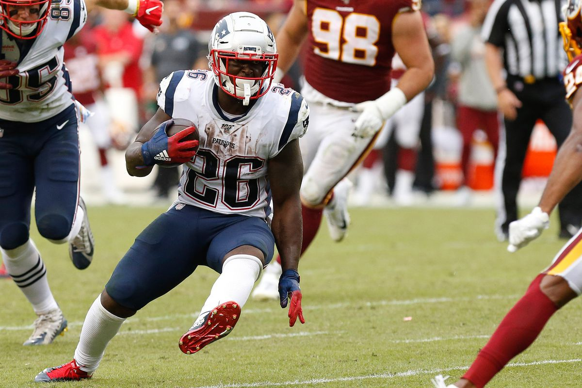 Fantasy Football Start Sit Advice Week 15 What To Do With James White Sony Michel Rex Burkhead Draftkings Nation
