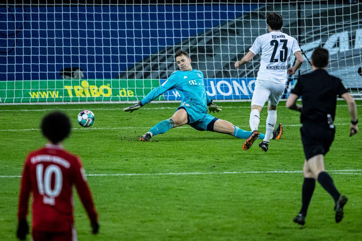 Borussia Moenchengladbach v FC Bayern Muenchen - Bundesliga for DFL
