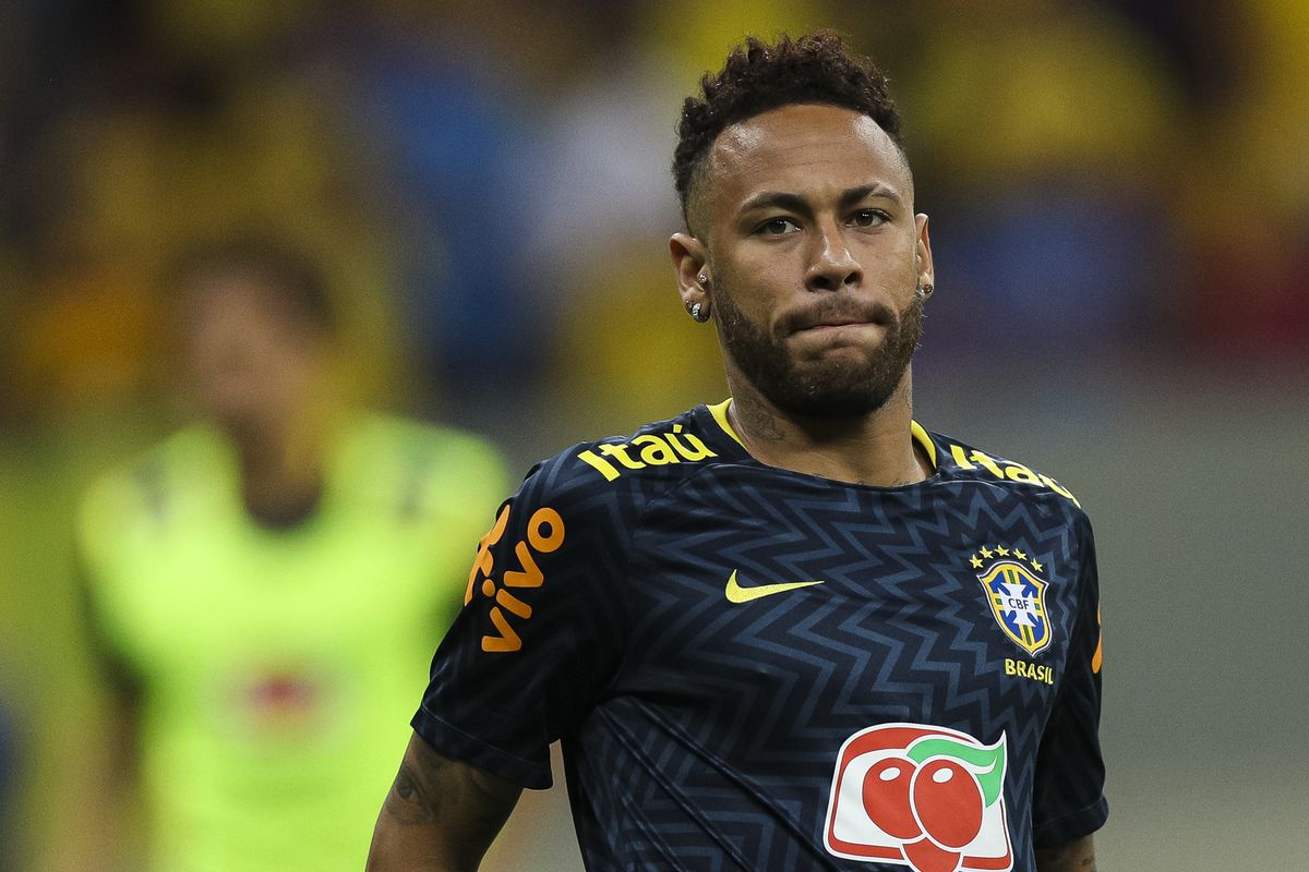 Neymar agrees five-year deal with Barcelona - report