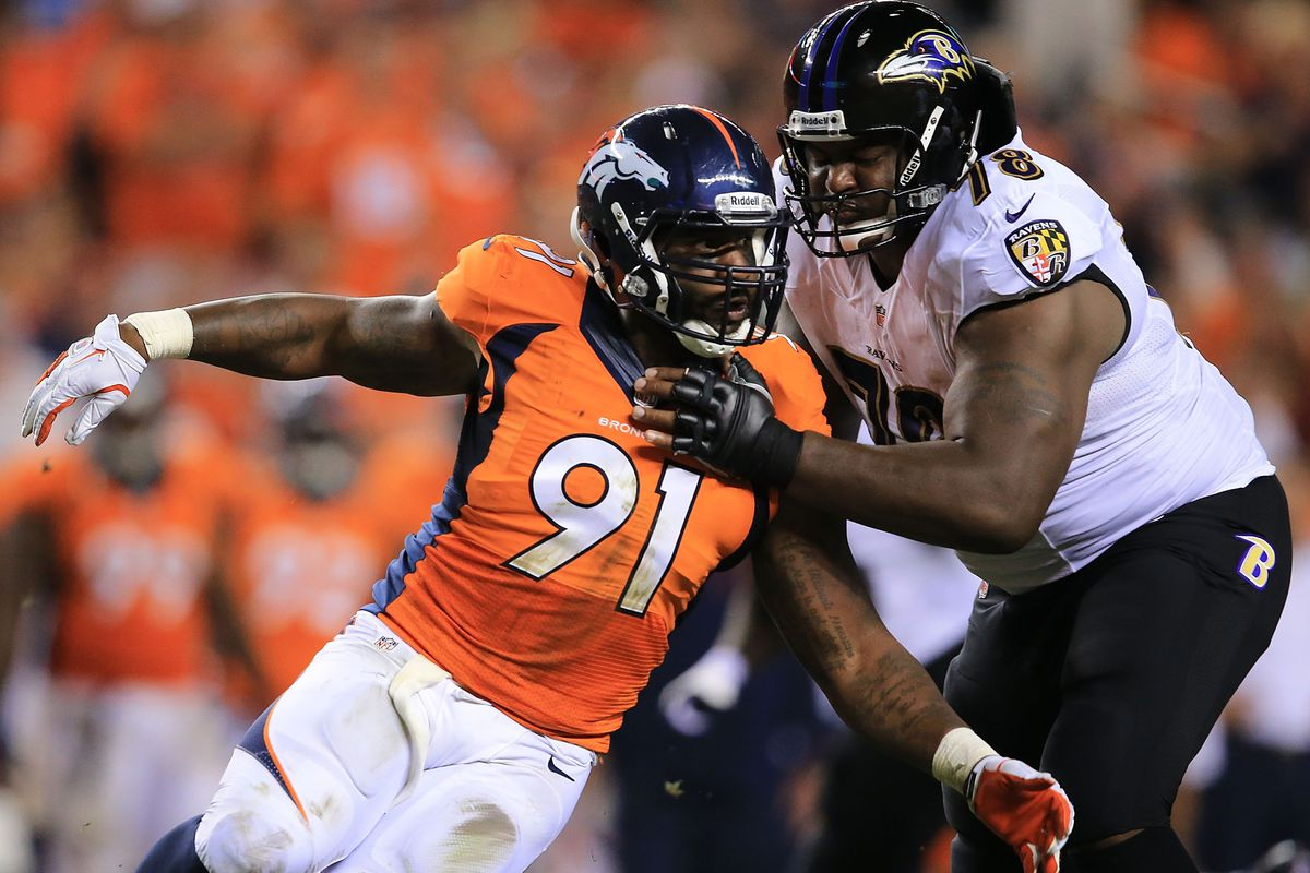 Robert Ayers en route to a sack. The Giants hope to see a lot of this from Ayers.
