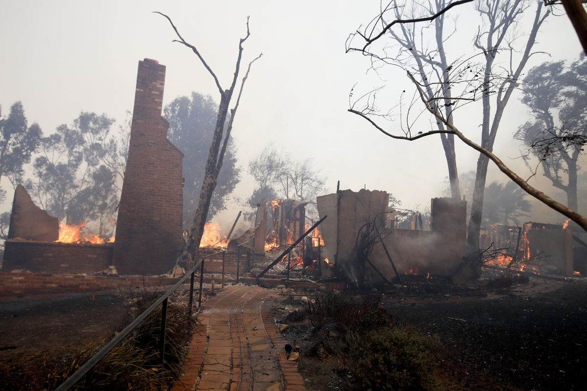 Los Angeles Fire Creek Fire Burns In Sylmar Destroying Homes