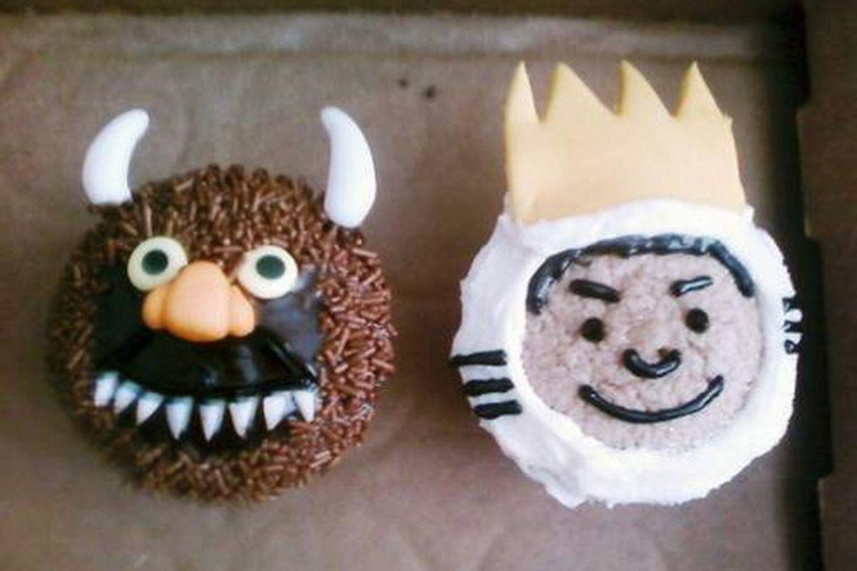 """Where The Wild Things Are cupcakes! Image via flickr/<a href=""""http://www.flickr.com/photos/claire_issa/"""">claire_issa</a>"""
