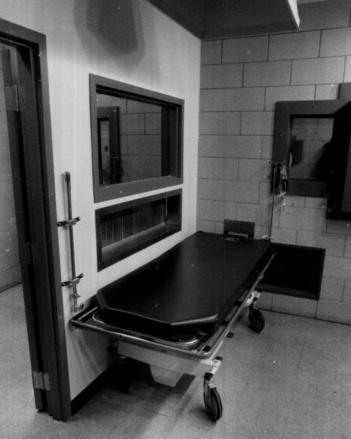 The Execution chamber at Stateville Correctional Center.   John H. White / Sun-Times